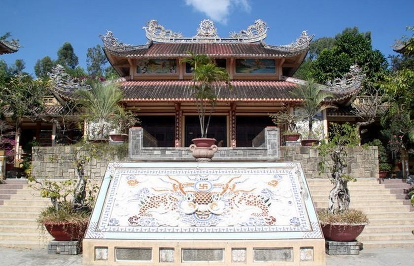 Пагода Лангшон (Нячанг)