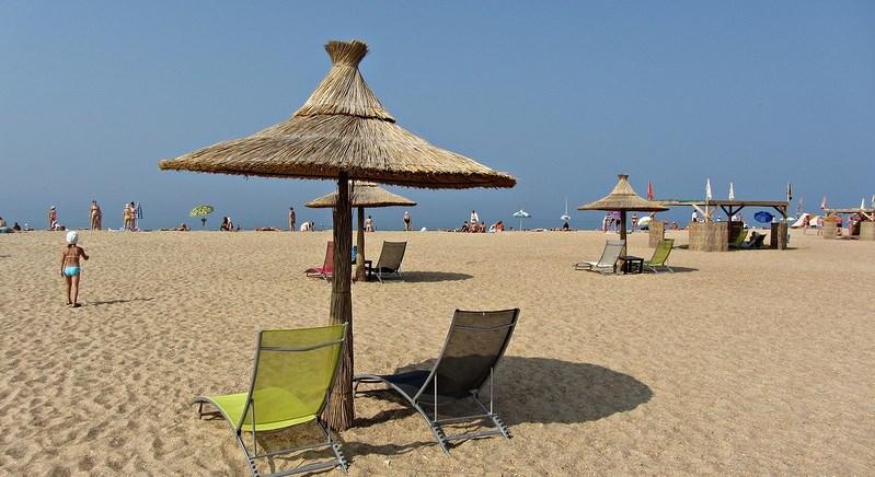 Рейтинг отелей Витязево с бассейном и собственным пляжем ближе к морю